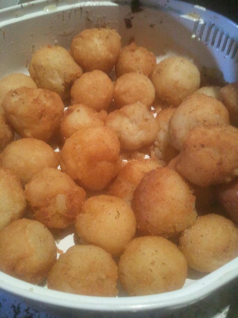油炸土豆球的做法_【图解】油炸土豆球怎么做好吃_睡