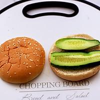 #秋天怎么吃#快手午餐肉黄瓜汉堡包的做法图解5