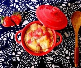 香蕉草莓面包布丁的做法