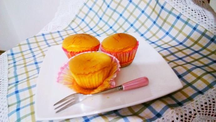 小婴儿也能放心享用的超柔软cup  cake~步骤超详细