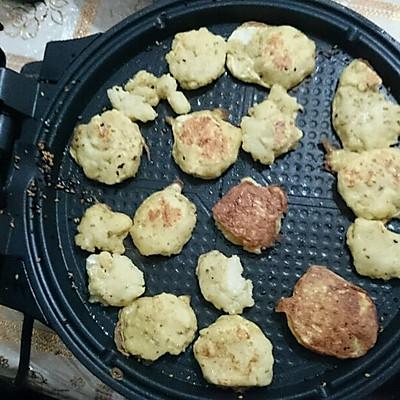 椒盐土豆饼的做法 步骤3