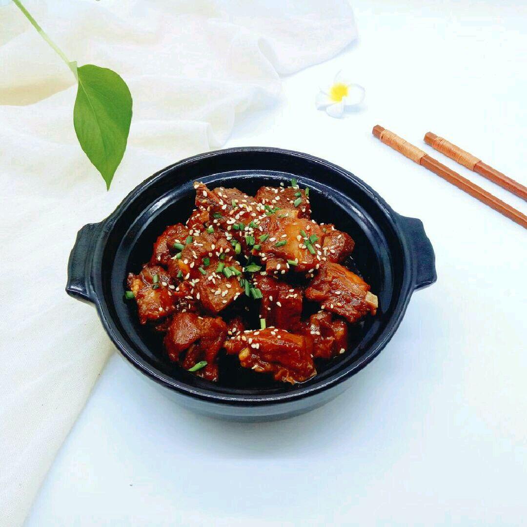 红烧道菜煲#每排骨都是一台食光机#番茄酱炒火腿肠图片