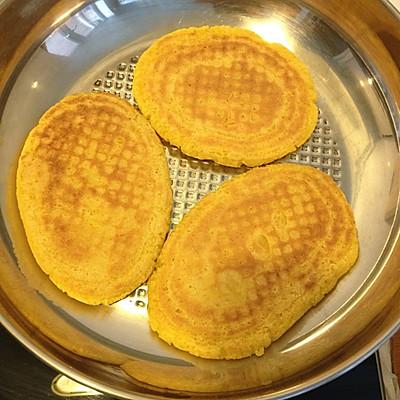 玉米面大饼子