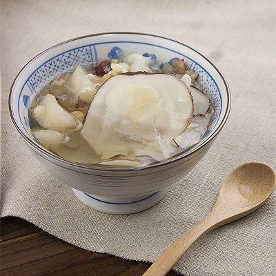 川贝海底椰炖雪梨(治感冒很好的食疗方法)