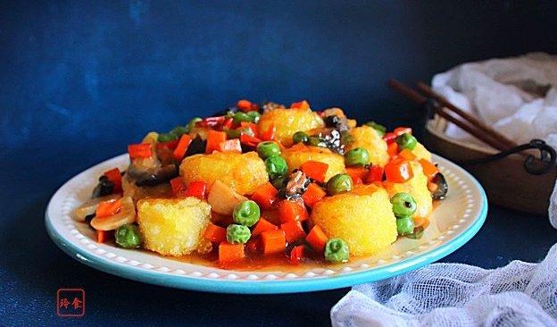 #硬核菜谱制作人#红烧海参玉子豆腐的做法