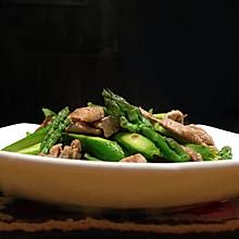 沙茶酱肉片炒芦笋