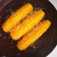 #一人一道拿手菜#这样煮出香甜软糯的玉米的做法图解5