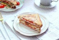 培根番茄鸡蛋三明治的做法