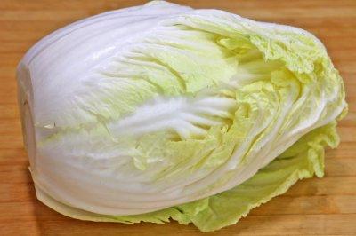 白菜怎么做才好吃,20年的老厨师教我,学会这招,比吃肉还过瘾