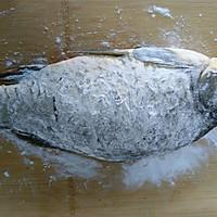 红烧鲫鱼#金龙鱼营养强化维生素A  新派菜油#的做法图解3