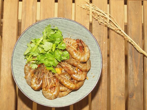 """生腌沙虾:吃一次就会上瘾的""""潮汕毒药""""的做法"""