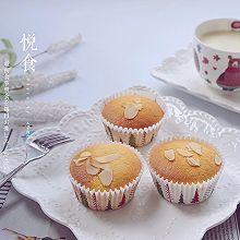 椰蓉海绵小蛋糕