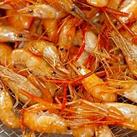 【酱油河虾】这菜没啥技术,却能让你把持不住!的做法图解3