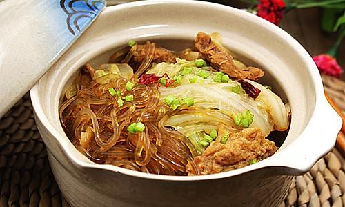 [白菜肉渣炖粉条]—冬天里最温暖、最贴膘的一道菜的做法