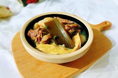炖鸭肉,一锅暖心窝