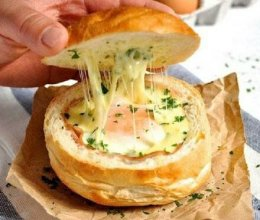 培根芝士蛋面包盅的做法
