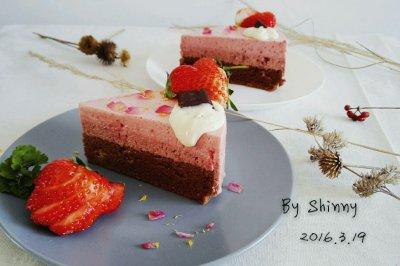 樱桃草莓慕斯