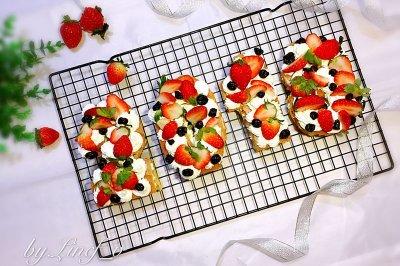 2018草莓数字蛋糕