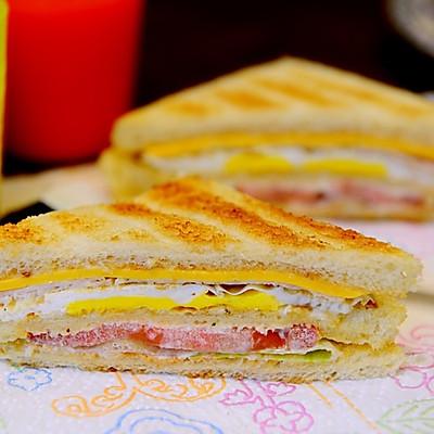 早餐-俱乐部三明治/Club sandwich