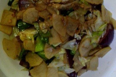 健康减肥菜炒土豆柿子椒洋葱头圆白菜10分钟搞定