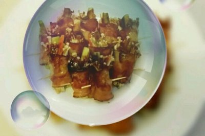 金菇翡翠培根卷