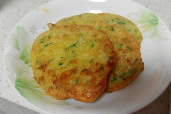 田园黄瓜土豆饼的做法