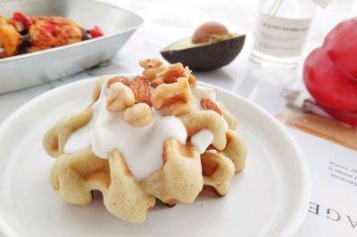 香蕉牛油果华夫饼