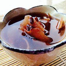 【消暑汤】鲜土茯苓赤小豆鲫鱼汤