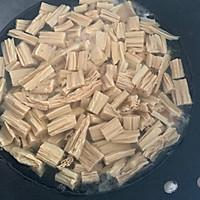 腐竹花生米拌黄瓜的做法图解4