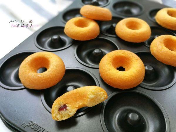 蔓越莓甜甜圈蛋糕