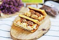 滑蛋豆腐甜虾三明治,营养早餐快手做#秋天怎么吃#的做法
