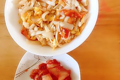 快速早餐,西红柿鸡蛋炒面,健康又环保