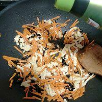 胡萝卜炒鸡丝#鲜香滋味搞定萌娃#的做法图解9