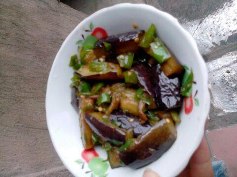 红烧茄子健康吃法的做法图解1