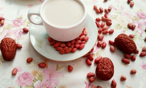 红枣花生浆的做法