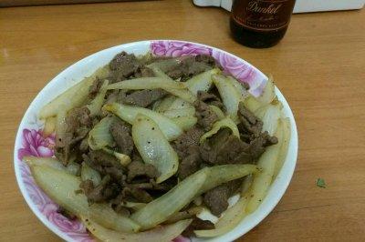 葱头炒牛肉