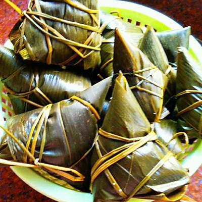 最详细的广东咸肉粽子做法