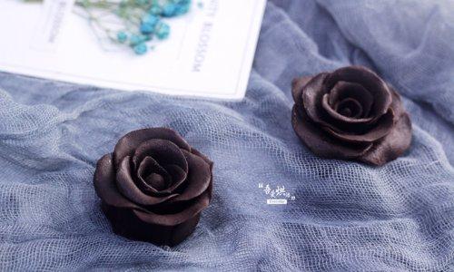 高贵冷艳的——巧克力玫瑰花的做法