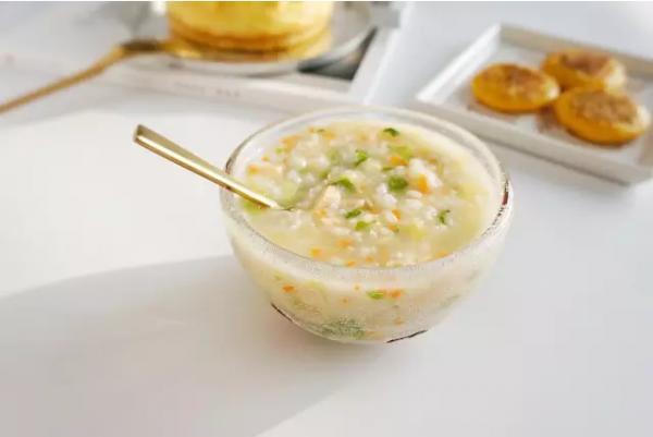 三文鱼红扁豆蔬菜粥