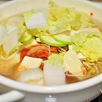 韩式泡菜风味汤面的做法图解3