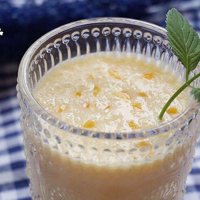 芒果奶昔——轻松3步教你做美味凉爽饮品