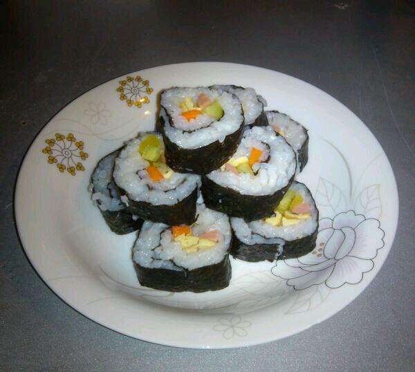 小卷寿司做法步骤图解