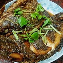 (简单的家常煎鱼)红烧鱼