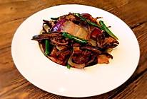 茶树菇焖腊肉的做法