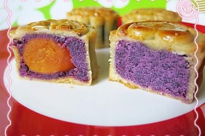 广式紫薯蛋黄月饼