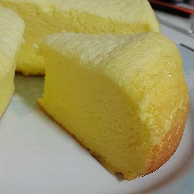 电饭锅版---柠香鸡蛋糕^^