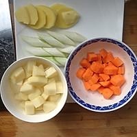 土豆炖牛腩的做法图解2