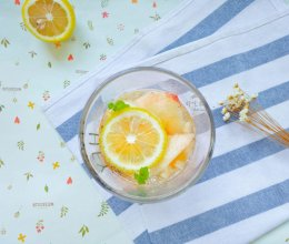 蜜桃柠檬清凉饮的做法
