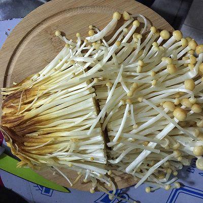金针菇粉条(减肥晚餐)的做法 步骤2