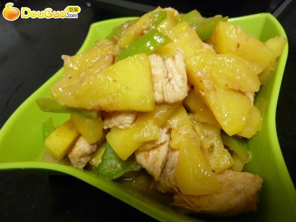 菠萝炒鸡丁的做法